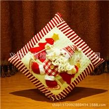 圣诞老人抱枕圣诞节装饰品汽车抱枕室内沙发装饰节庆道具