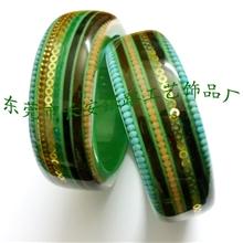 长期生产销售内嵌链条、半宝石圆珠等物件的波丽树脂手镯