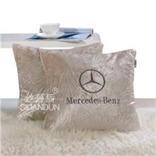 厂家定制高档钻石绒抱枕被靠垫被4S汽车抱枕商务礼品首选