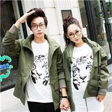 斯托克夫妇情侣装秋装新款外套韩版宽松大码军绿情侣外套