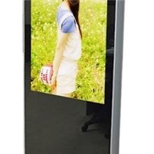供应高清42寸落地式广告机/网络广告机/液晶广告机