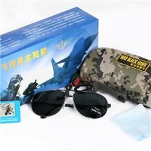 飞行眼镜空军飞行员偏光眼镜较佳驾驶眼镜战地黑鹰时尚太阳镜